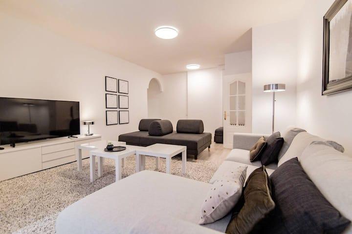 EXCLUSIVE Apartment | Bernabéu - GARAGE included