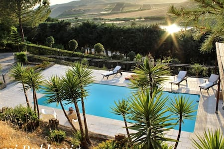 Relax and quiet in Villa with swimming pool