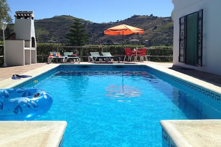 Beautiful villa with private pool - Cómpeta - 别墅