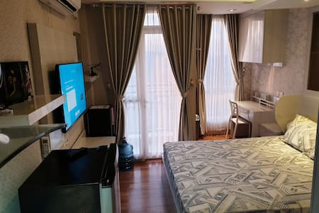 Room near Kemayoran JIEXPO with hotwater +FreeWifi