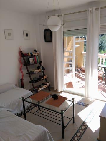 APARTAMENTO CERCA DE MARBELLA 15MIN - Monda - Apartamento