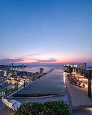 M.芭堤雅市中心Base公寓非常稀少的高楼层海景房海滩步行街中央商场只需步行即到