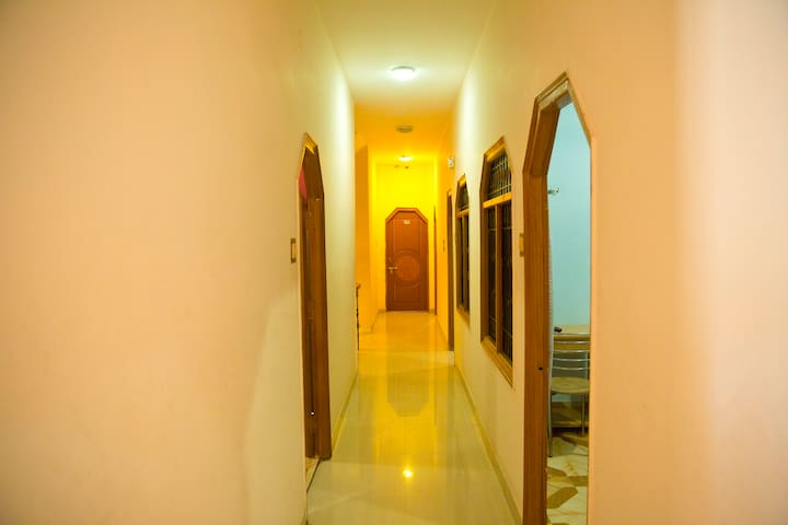 Ganesha Assi Ghat - Varanasi - Bed & Breakfast
