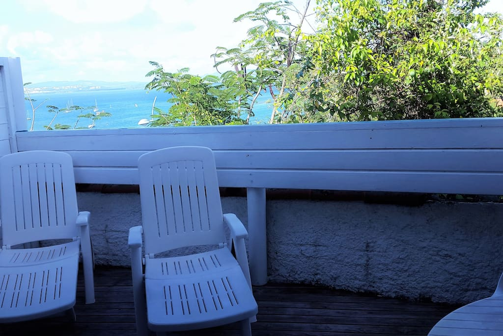 terrasse vue sur mer (baie de fort de france)