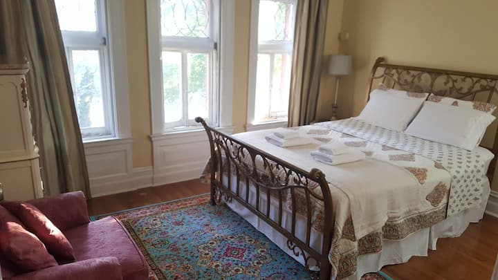 Victorian Room at Harvest Home CWE