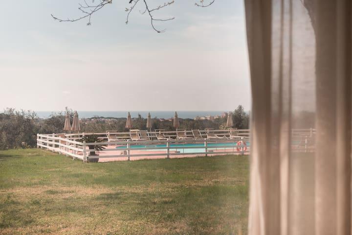◊ Countryside views + swimming pool ◊