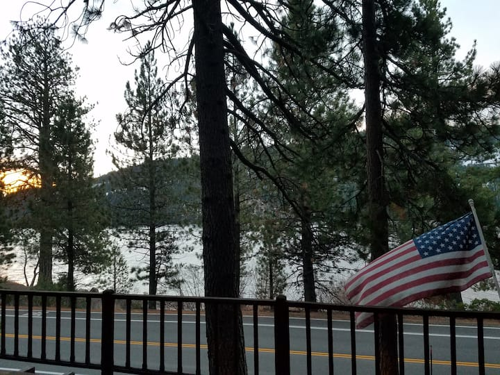 Donner Lake Home, walk across street for access