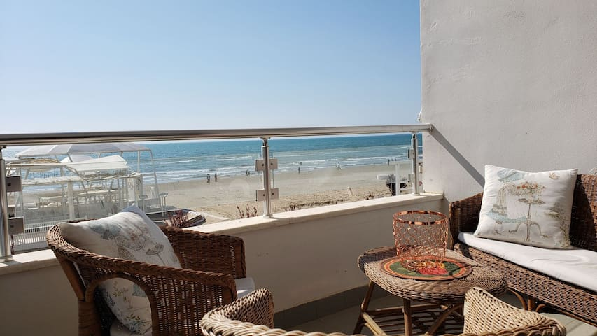 Seaside apartment