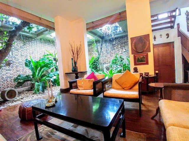 JakTree Suite @ Elibank Road, Colombo 5