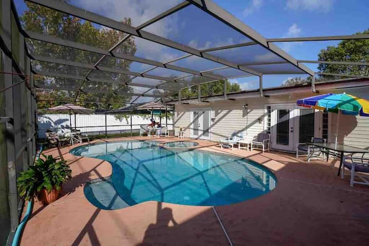 Orlando Home with pool near Disney