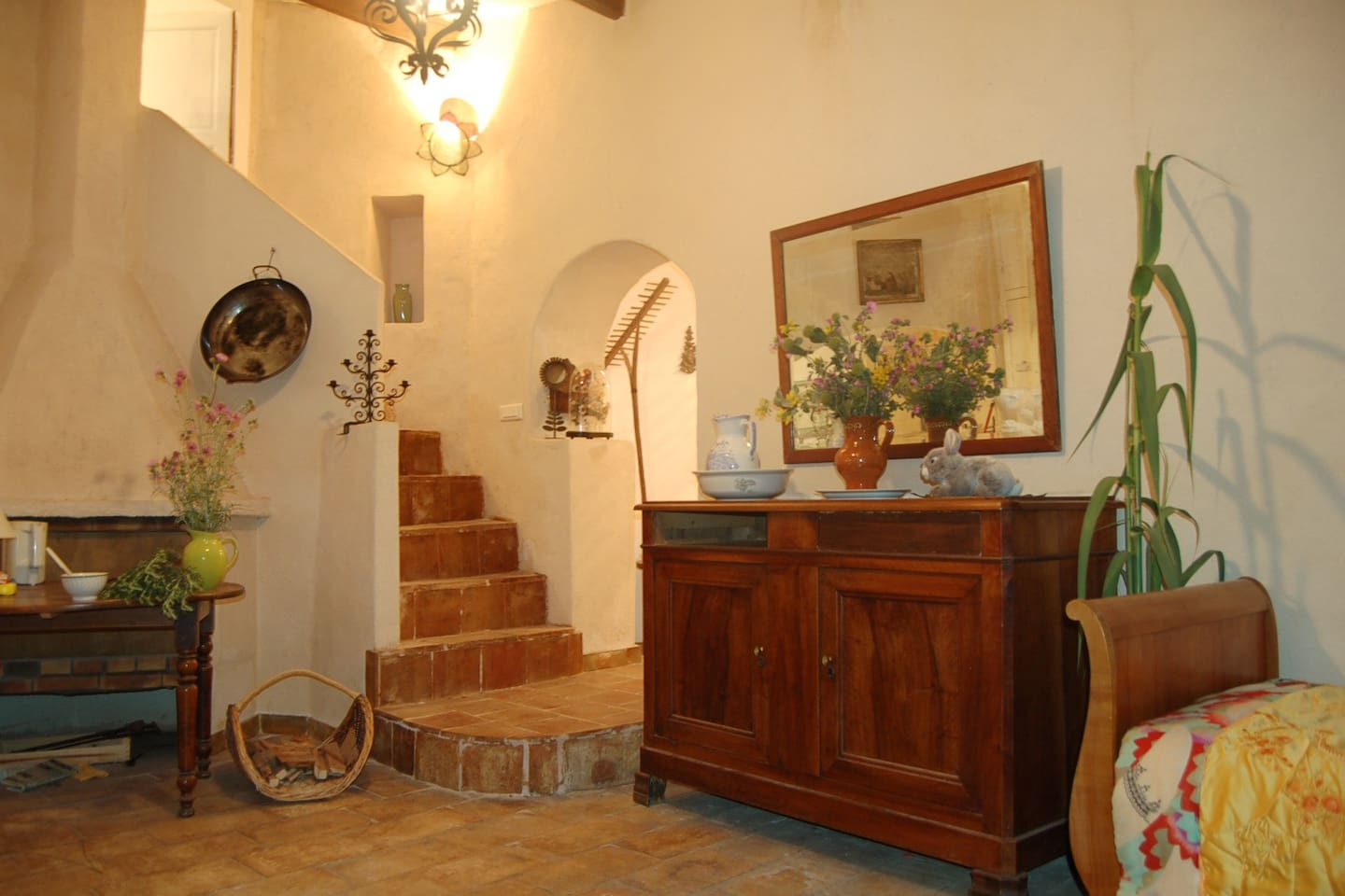 Tasteful ground floor apartment with garden access - Apartments for ...