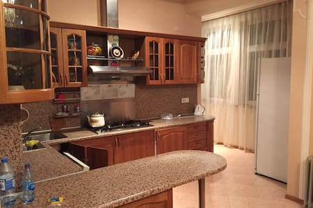 Spacious 3 of 4 room Apartment - Daire