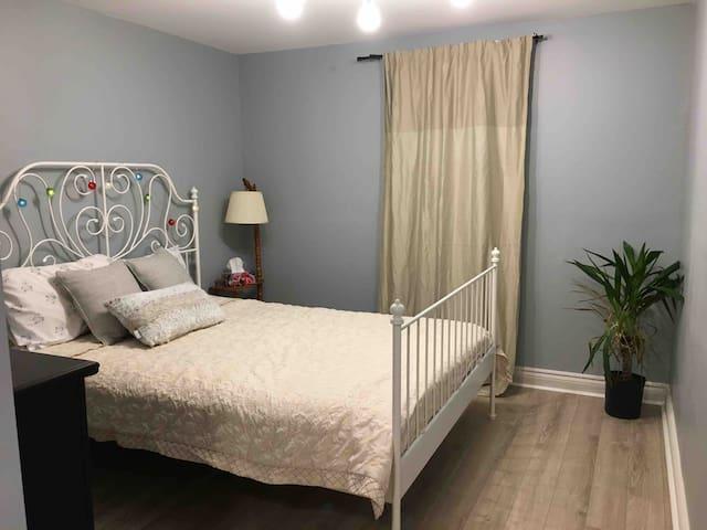 Cozy one bedroom in Bradford
