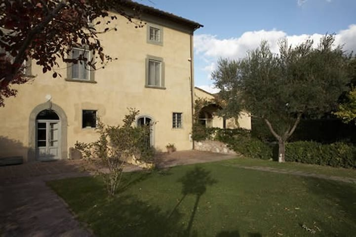 B&B Glicine e Luna , camera tripla comfort - Cascina - Bed & Breakfast