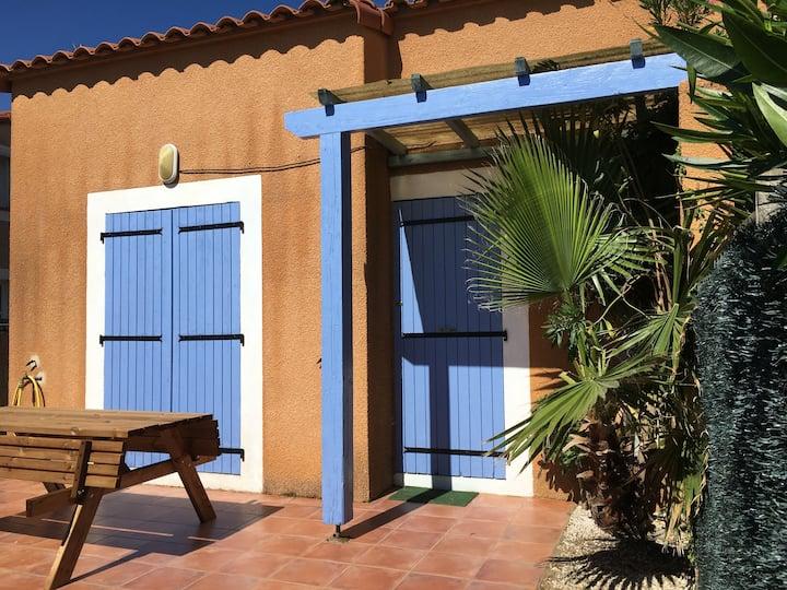 Villa catalane tout confort avec jardin