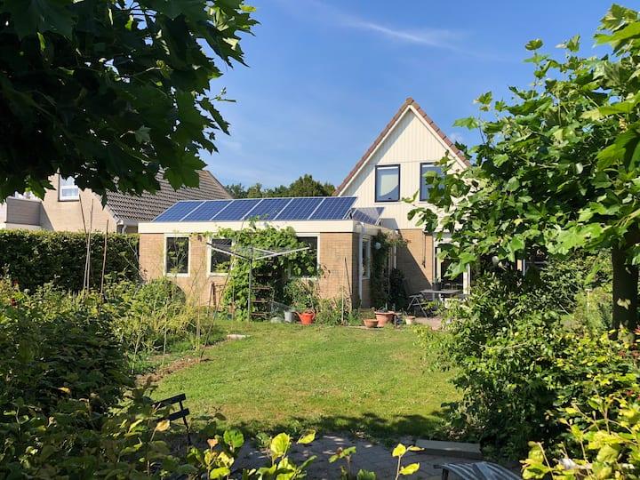 Gezellige complete woning nabij bos en IJsselmeer