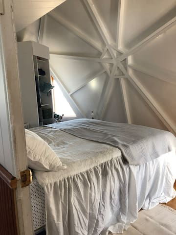 Bedroom with king