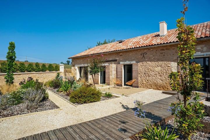 Villa de luxe à Fouleix avec piscine chauffée