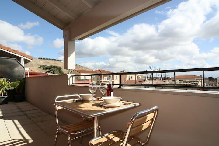 Chambre avec vue en centre ville - Tain-l'Hermitage - 公寓