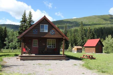 Bowman @ North Fork Cabins