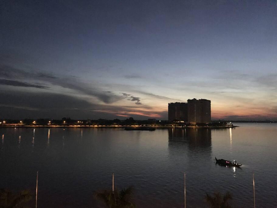 Good morning from Panorama Mekong Hostel. (Dawn)