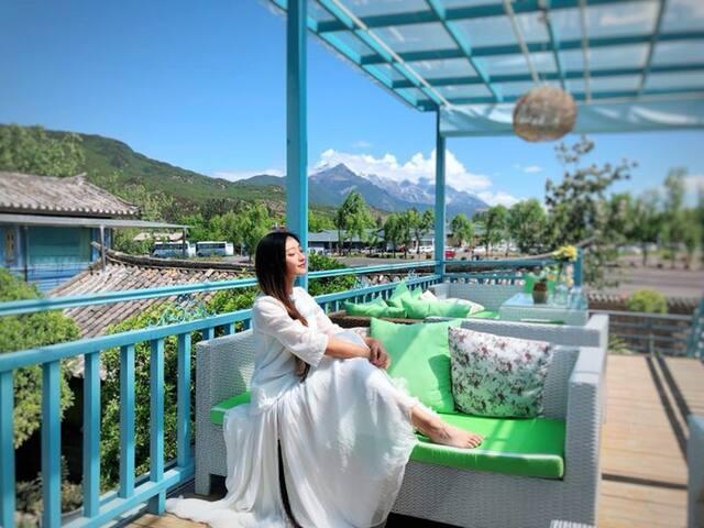 束河古镇|青旅1人床位|雪山观景|旅拍|蓝色小清新|公卫|有停车位|可拼餐|