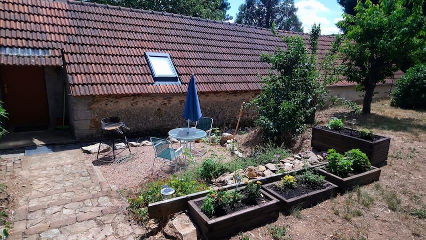 Bonito estudio con jardín & terraza