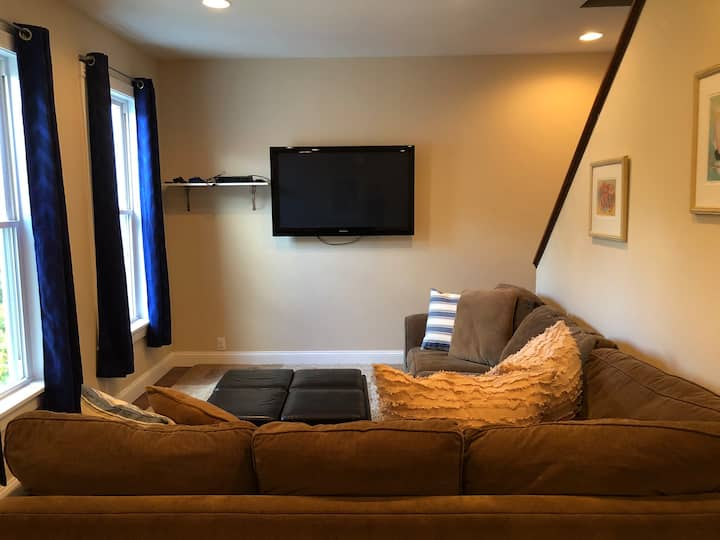 Private, Clean, Spacious Two Bedroom apartment