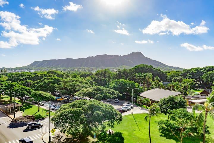 Ocean View Studio in Waikiki, 1min walk to beach!