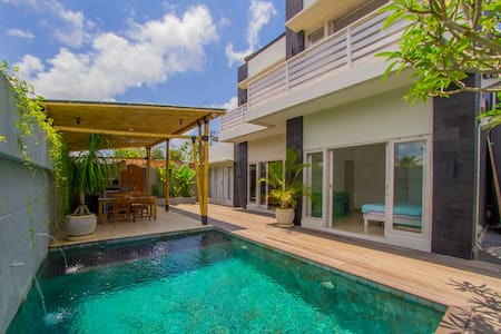 New Villa with Pool, short walk to Bingin Beach - Kuta Selatan - Villa