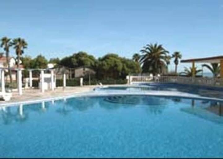 Mobil home avec plage privée et piscine