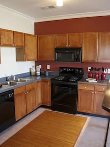 Cozy 1 Bed 5 mins away from Downtown KC - North Kansas City - Pis