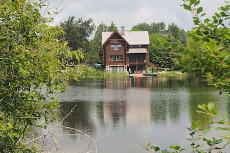 Private lake retreat! Only 30 min to 2017 US Open! - Oconomowoc - Haus