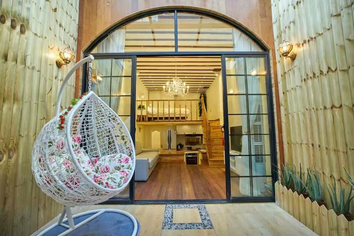 原木-永康路酒吧街-老洋房复式房独门进出带阳光房
