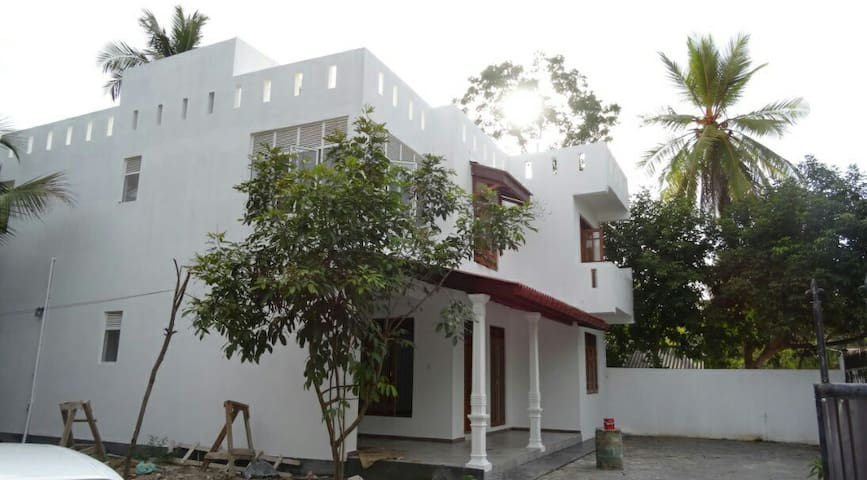 Luxury house for rent in Biyagama