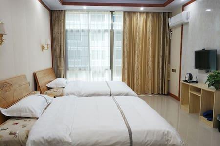 南岳衡山 舒适1.5m豪华双床房 家庭 情侣 出差旅行