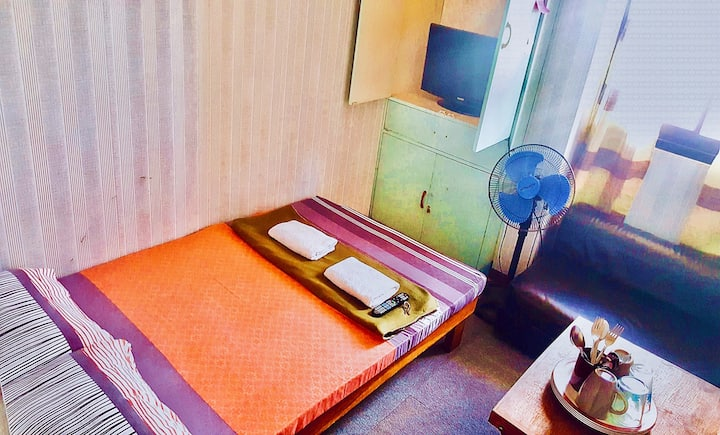Baguio Transient Room Near Burnham (Rm 1 for 2pax)