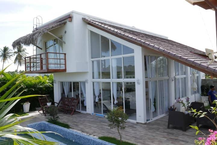 Sparkling Beach Front Villa