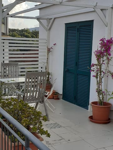 Appartamento vista mare con terrazza a Rapallo
