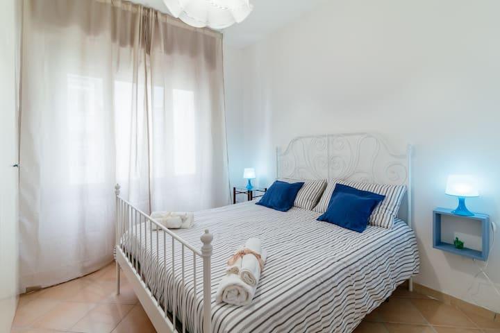Caio Asinio Apartment-Naples- West side
