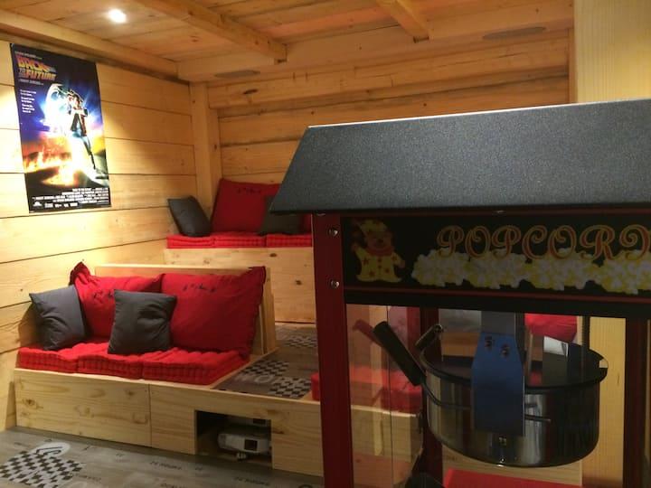 Chalet 250m2 SPA sauna salle cinéma et discothèque