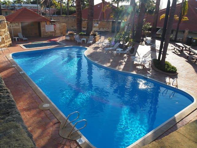 """Bali"" in Mandurah - Resort Style Paradise"