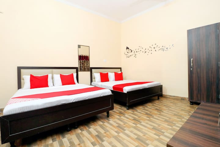 OYO Suit 4X 1 BR Stay Near Golden Temple, Amritsar