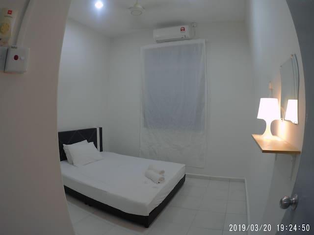 P7 - Three Bedroom Homestay near Beach