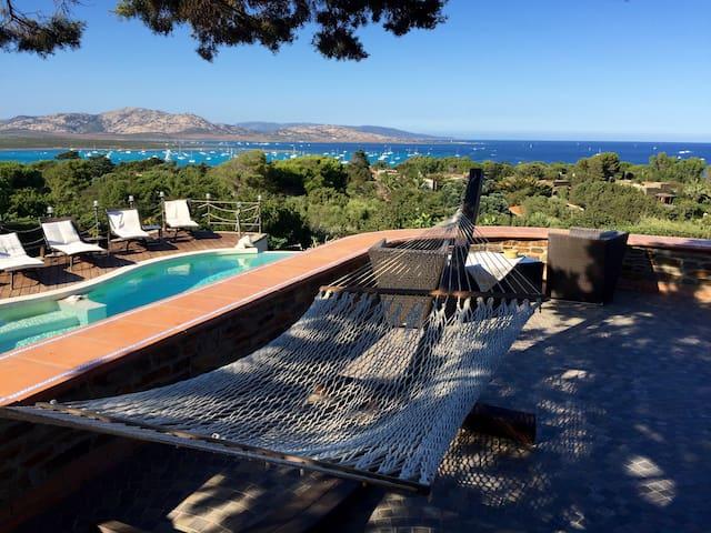 Villa Fòla con piscina privata
