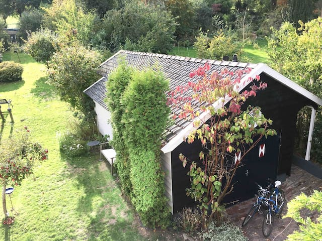 Rustic chalet in nature / short stay near Nijmegen