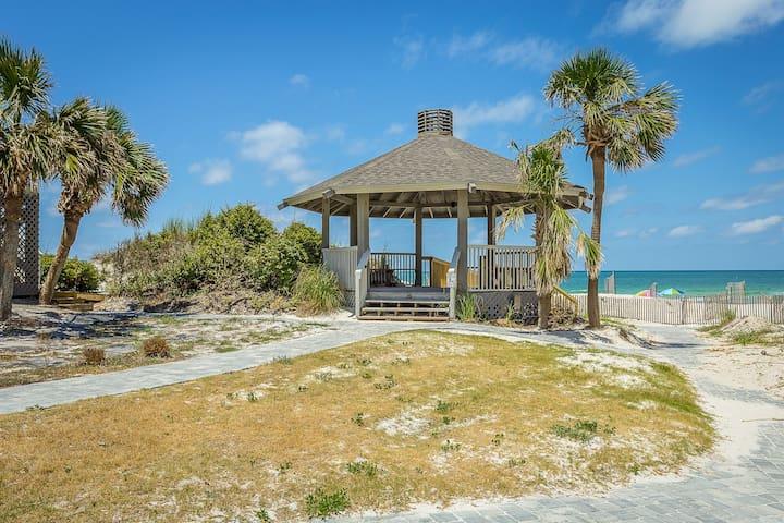 Cabana to Beach