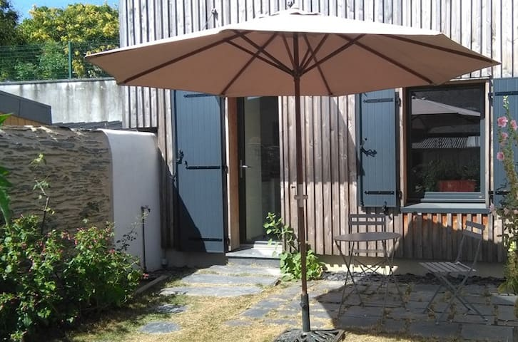 Angers Doutre maison 50 m2 avec jardin