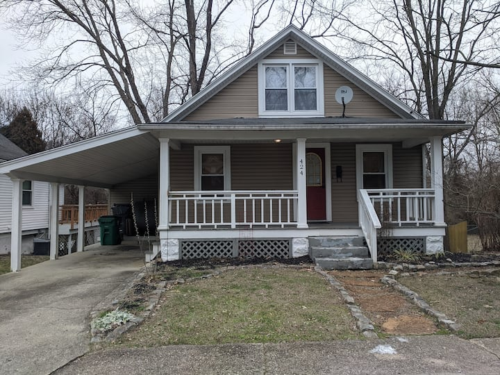 3 bed house, historic downtown loveland, Ohio Ave