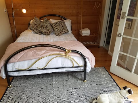 Wilson's Sunny Retreat
